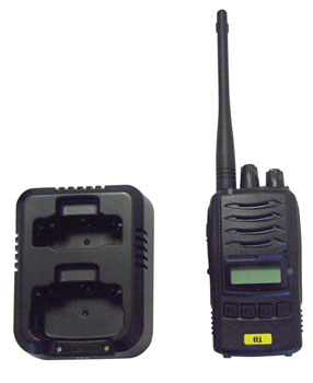 TTI TX2000U PMR RADIO TRANSCEIVER 400-470MHz, with battery, charger, belt-clip, requires licence