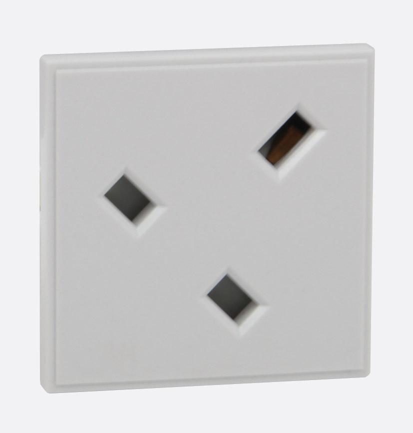 Rpp Easyclip Module Pe531 13a Uk Socket Angled Full