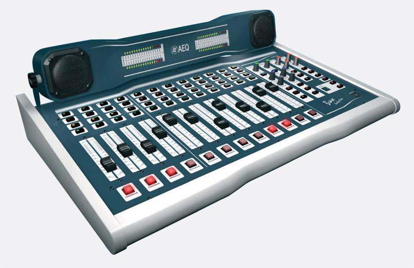 AEQ BRAVO BROADCAST MIXER 4 microphone / line, 8 dual line
