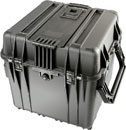 PELI 0344 CUBE CASE With padded dividers, internal dimensions 457x457x457mm, black